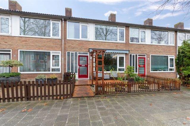 iQ Makelaars Groningen, Regulusstraat